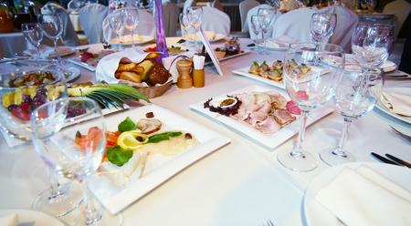 served table Banco de Imagens
