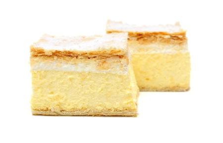 custard slices: vanilla and custard cream cake