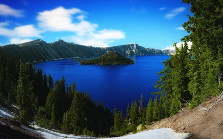 crater lake: Crater Lake, Oregon on a Sunny Day, Color Image, Day
