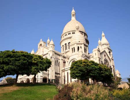 coeur: Montmartre heuvel leidt naar de Sacre Coeur kerk in Parijs