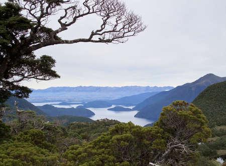 Remarkables mountain range tower over Queenstown in New Zealand Banco de Imagens