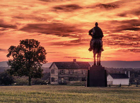 henry: Sunset view of the statue of Andrew Jackson at Manassas Civil War battlefield where the Bull Run battle was fought.  Henry House is in the middleground. The statue was acquired for the nation in 1940. 2011 is the sesquicentennial of the battle