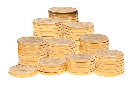 lingotes de oro: Gold Eagle monedas de una onza apiladas en grandes columnas y aislados contra blancos Foto de archivo