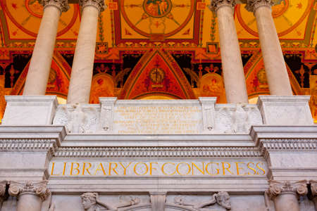 Ornate painted ceiling of Library of Congress in Washington DC 新聞圖片