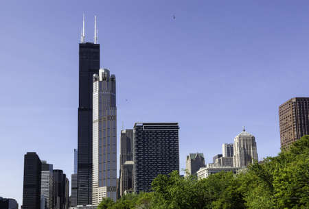 willis: Skyline of Chicago from the river with Willis tower in distance Stock Photo