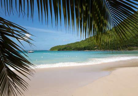 Anse Marcel strand en boten op Franse kant van St. Martin Sint Maarten Caribbean
