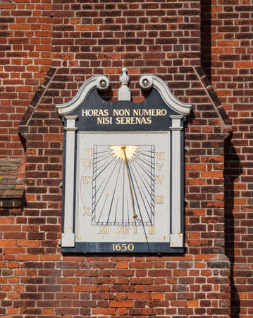 suffolk: Ancient town clock on Moot Hall in Suffolk town of Aldeburgh on East Anglian coast Stock Photo