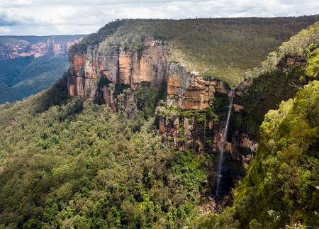 nsw: Govetts Leap Waterfall near Blackheath overlooking the majestic Blue Mountains NSW Australia Stock Photo