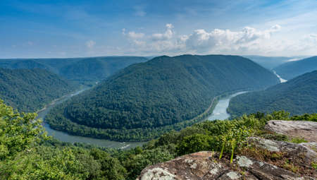 west river: Panorama of New River at main overlook at Grand View in New River Gorge National park in West Virginia