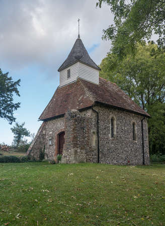 The parish church at Lullington in East Sussex is believed to be the smallest in England 版權商用圖片