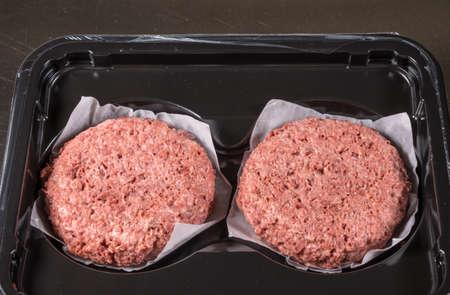 Nahaufnahme des Fleisches wie pflanzliche Pastetchen für vegetarische Rindfleischburgerburger Standard-Bild