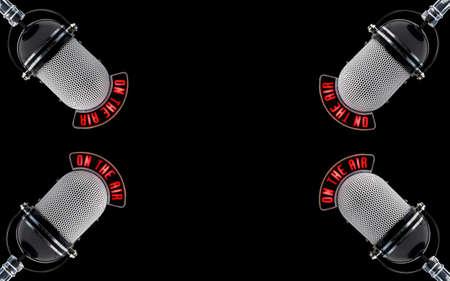 microfono de radio: cuatro micr�fonos sobre un fondo negro Foto de archivo
