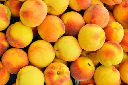 Pfirsiche können als Hintergrund verwendet werden Standard-Bild - 16210496