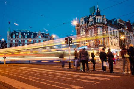 Amsterdam Straße in der Nacht Standard-Bild - 22629065