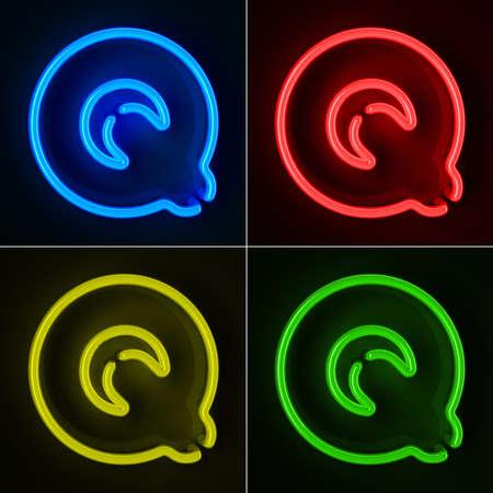 tubos fluorescentes: De neón altamente detallado cartel con la letra Q en cuatro colores