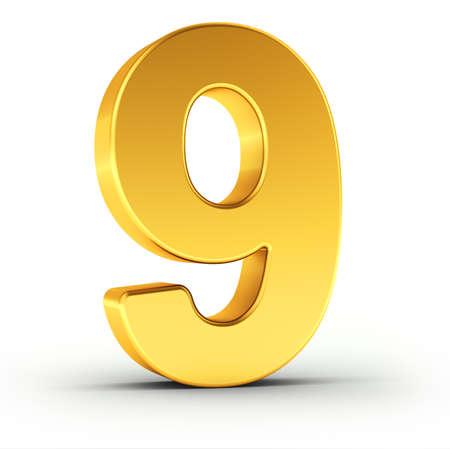 numero nueve: El número nueve como un objeto de oro pulido sobre fondo blanco con el camino de recortes para el aislamiento rápido y preciso.