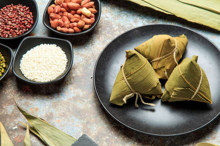 Chinese traditional snack - zongzi 免版税图像