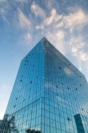 Tall office building 版權商用圖片