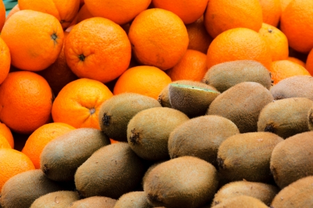 Kiwi and orangers photo