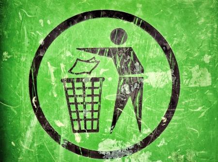 papelera de reciclaje: Basura Rayado signo