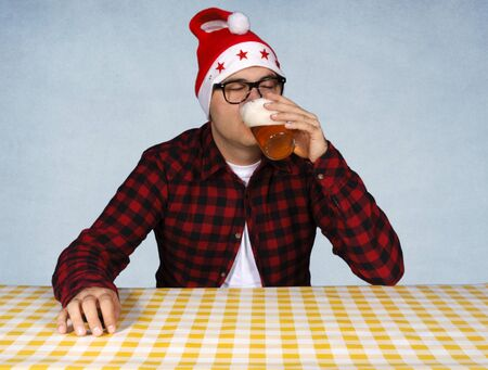 Santa drink pint of beer Stock Photo - 15831229