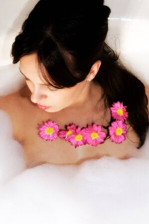 Female in relaxing in the spa Stock Photo - 16327327