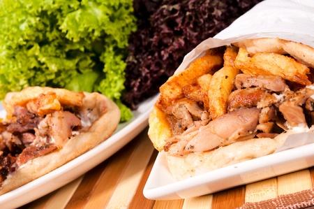 sandwiche: Fuoco selettivo sulla destra doner kebab