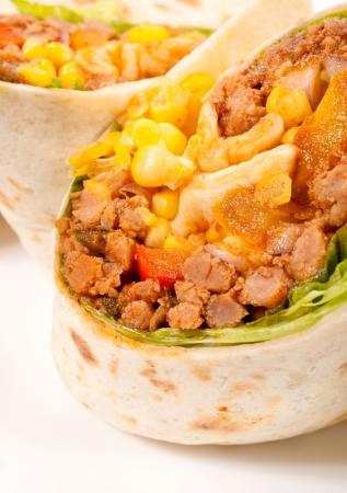 carnes y verduras: Carnes y verduras a la mitad tortilla
