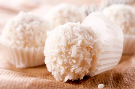 truffe blanche: Traditionnel Belgique pralines de noix de coco