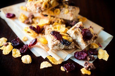 loe: Cranberry and corn flakes cookies.Selective focus on the front cookie