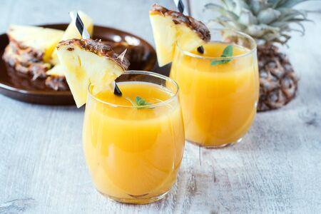 ・ グラッセ、選択と集中で新鮮なパイナップル ジュース