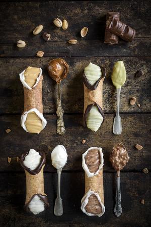 Traditional Sicilian dessert called cannoli with cream Zdjęcie Seryjne
