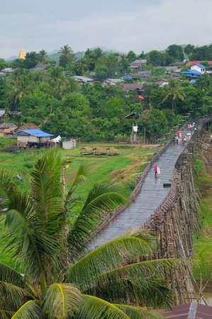 sangkhla buri: Mon traditional rural life at wooden bridge at Sangkhla buri Kanchanaburi, Thailand  Stock Photo