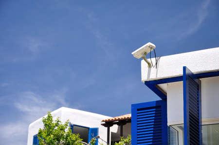 cctv: C�mara de seguridad CCTV en la azotea del resort