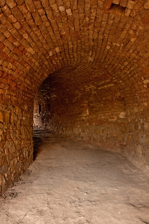 terezin: Entrata in spazi sotterranei nel bastione fortezza Terezin