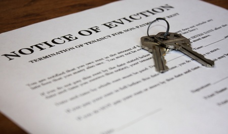 Letter stating Notice of Eviction with house keys photo
