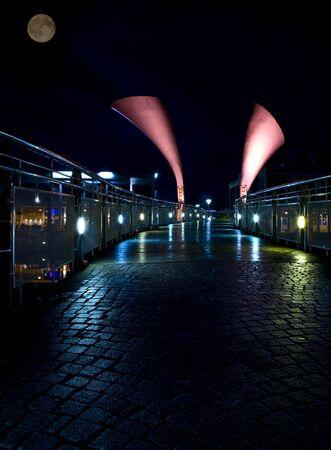 Bristols Peros horn bridge night