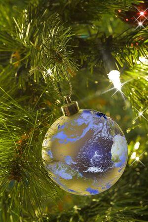 Earth as a Christmas Tree Ornament Zdjęcie Seryjne - 2198349