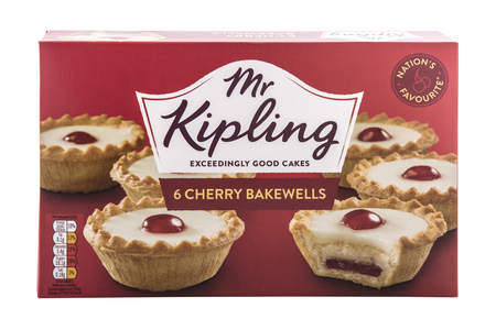 SWINDON, UK - APRIL 14, 2018: Mr Kipling 6 Chery Bakewells, Exceedingly Good Cakes on a white background Publikacyjne