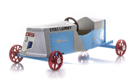 SWINDON, UK - AUGUST 19, 2018: NYLINT The Muncie Star, Downhill Heros Die Cast Model of the 1934 winner of the soap box derby on a White Background Publikacyjne