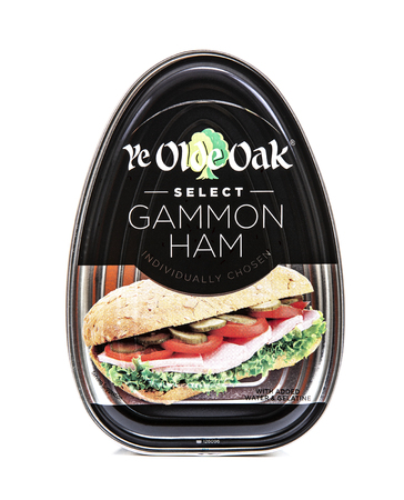 SWINDON, UK - JANUARY 26, 2019: Tin of Ye Olde Oak Select Gammon Ham on a white background Publikacyjne