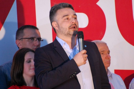Vladan Glisic, candidate for serbian president makes a speech in Novi Sad on 2nd May 2012. Stock Photo - 13744051