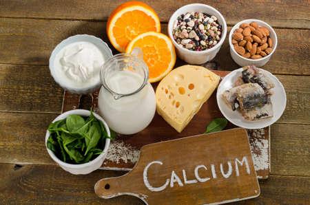 Beste Calcium-reiche Lebensmittel Quellen. Gesundes Essen. Blick von oben