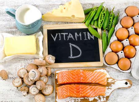 비타민 D 건강한 먹는 개념이 풍부한 식품. 플랫 평신도