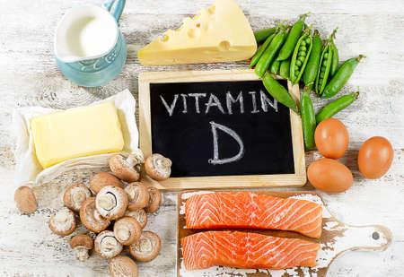 comida: Los alimentos ricos en vitamina D. Vista superior
