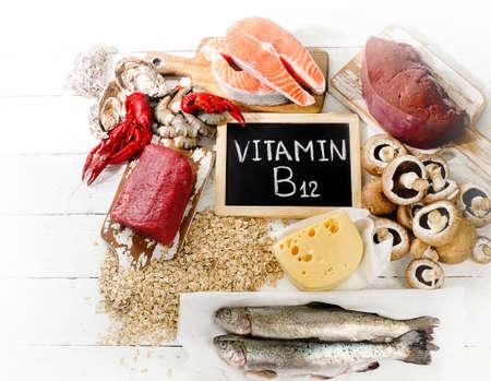 Las fuentes de vitamina B12 (cobalamina). Alimentación saludable. Vista superior