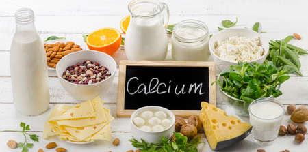 칼슘이 풍부한 제품. 건강한 음식.