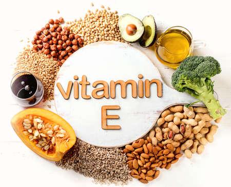 Comida rica en vitamina E Vista superior. Concepto de comida sana
