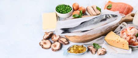 Lebensmittel, die reich an natürlichem Vitamin D sind. Ausgewogene Ernährung nutritio. Konzept für gesunde Ernährung. Panorama, Banner mit Textfreiraum