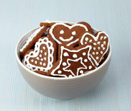 gingerbread heart: Bowl of gingerbread cookies